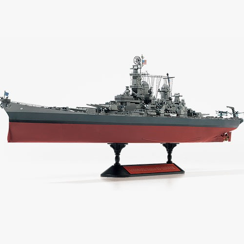 [1/700] 14223 USS Missouri BB-63 Modeler's Edition